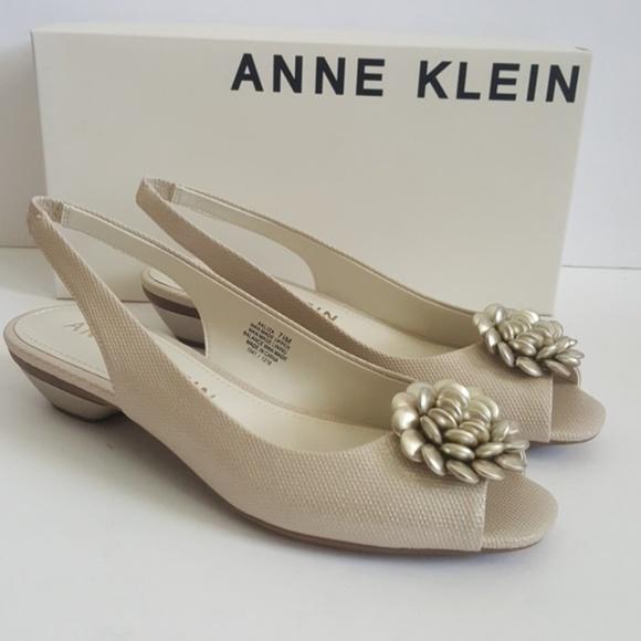 1badc653376a New Anne Klein Liza Peep Toe Slingbacks